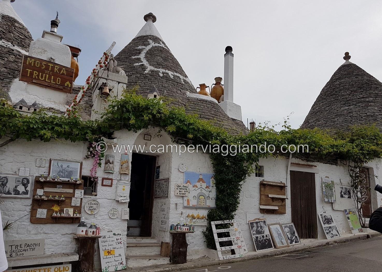 Trullo souvenir Alberobello